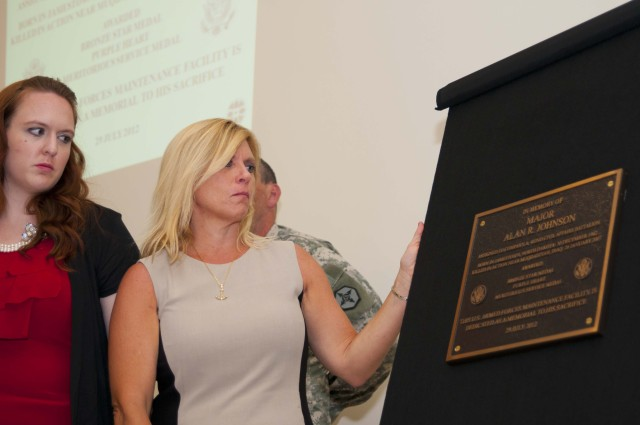 Two Soldiers Memorialized with Army Reserve's Newest Facilities