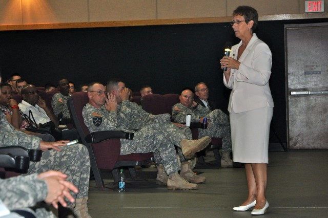 IMCOM-Pacific region director leads town hall