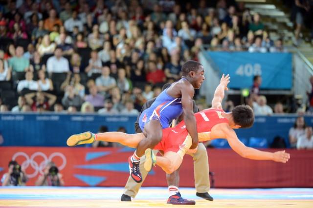 Mango lifts Russian