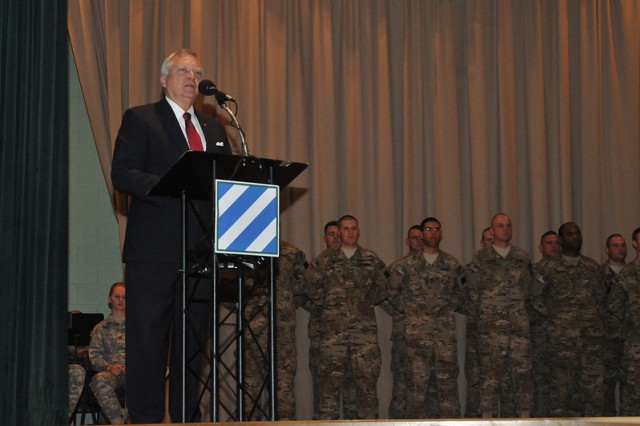 Georgia Governor Nathan Deal provides the keynote speech during the Third Infantry Division Headquarters and Headquarters Battalion colors casing ceremony held at Fort Stewart Aug. 8.  (U.S. Army photo by Sgt. Uriah Walker)