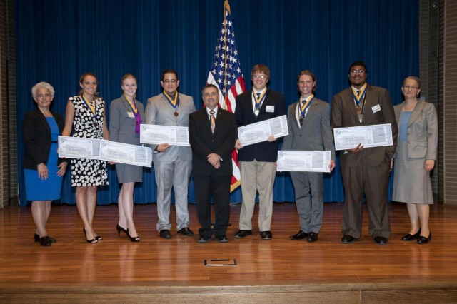 Left to right: Dr. Alma Wickenden, Undergraduate Silver Medalist Hailey Cramer, Undergraduate Gold Medalist Ashley Eidsmore, Graduate Bronze Medalist Gregorio Hinojos, ARL Acting Director Dr. John Pellegrino, Graduate Gold Medalist Jeffrey Lloyd, Graduate Silver Medalist Brendan Hanrahan, Undergraduate Bronze Medalist Wallace Derricotte, and Dr. Rose Pesce-Rodriguez
