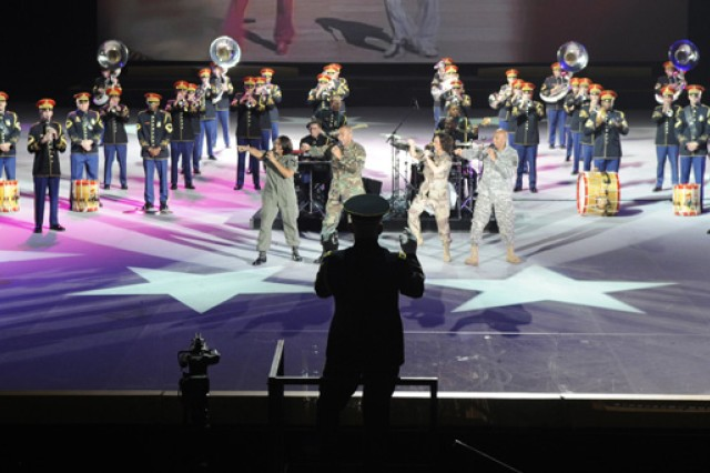 The U.S. Army Band (Pershing's Own) performs during Spirit of America.
