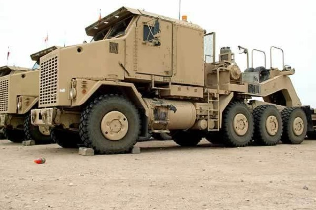 A HET, pictured here, can haul up to 70 tons over improved or unimproved roads. The 1462nd TC (MING) trained soldiers from 3rd Infantry Division and Tennessee Army National Guard's 230th Engineer Battalion.