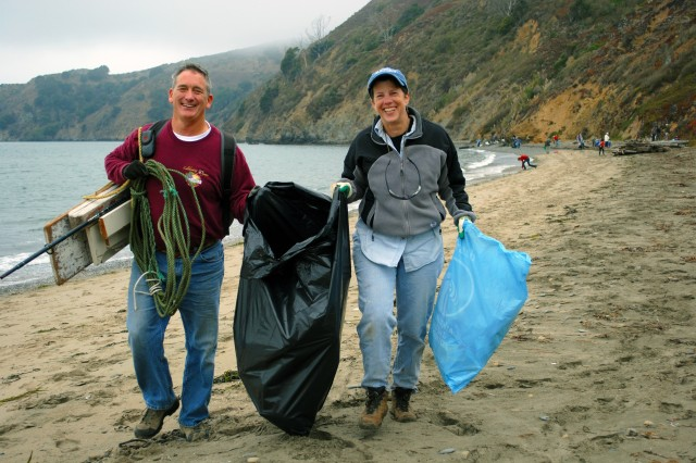 USACE Volunteers Reveal Something Beautiful during California Coastal Cleanup