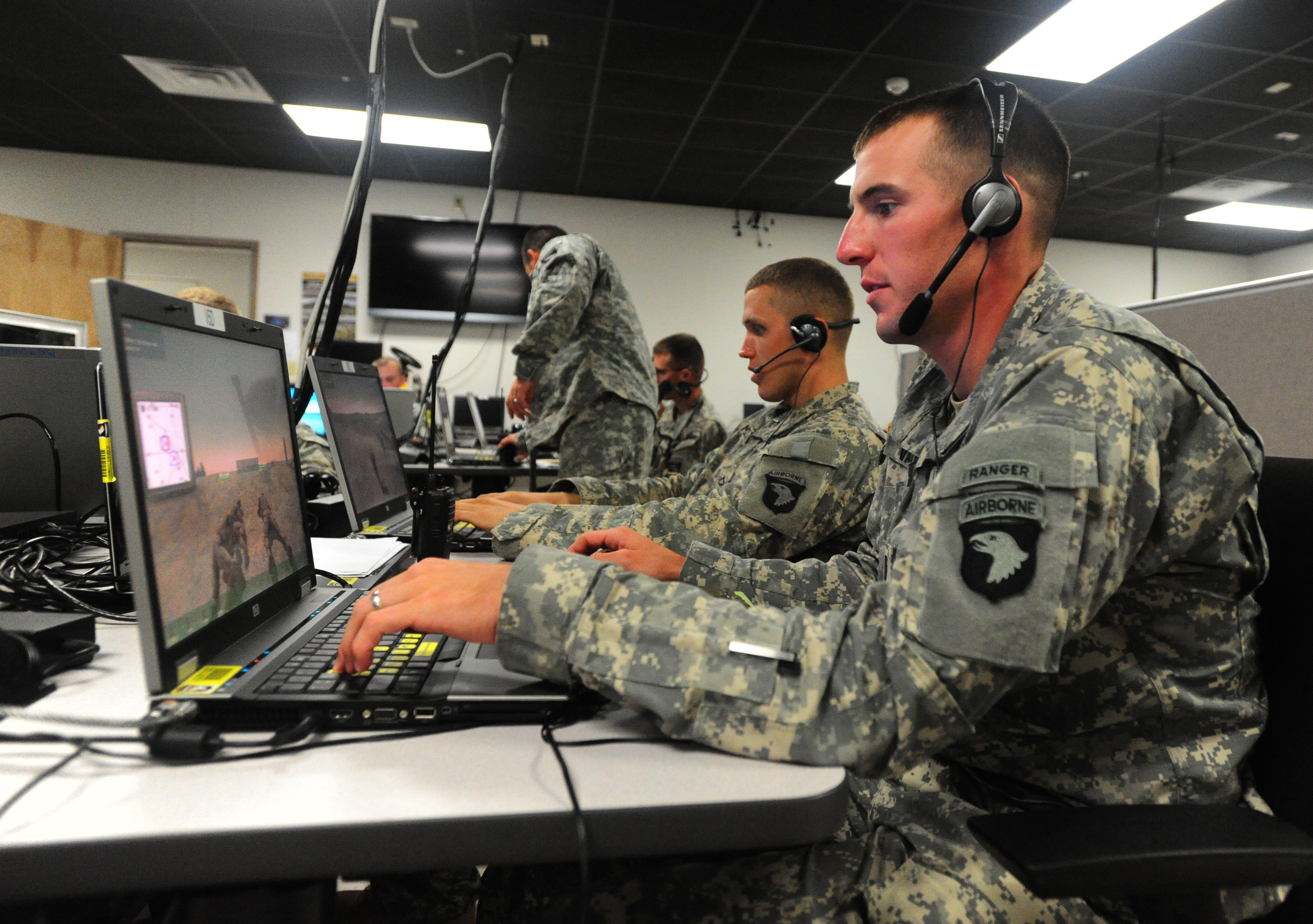 Currahees train using VBSII   Article   The United States Army