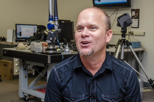 Army researchers use cutting edge 3D printers
