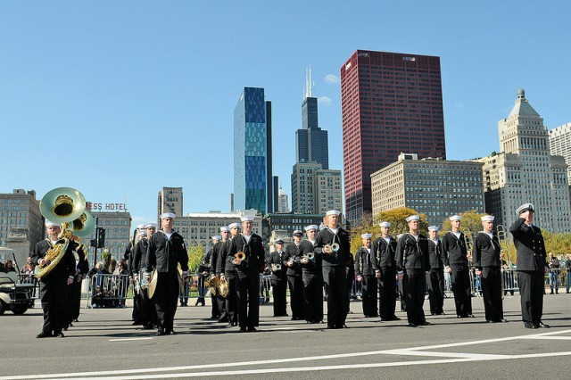 The Great Lakes Navy Band, Fort Sheridan, Ill., opened up the 60th Annual City of Chicago Columbus Day Parade. Seen here on Columbus Drive with the Chicago Skyline.