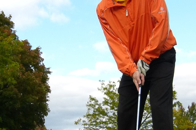 Staff Sgt. Jeremy Simons, 3rd Battalion, 85th Mountain Infantry, putts the ball during a recent golf outing.