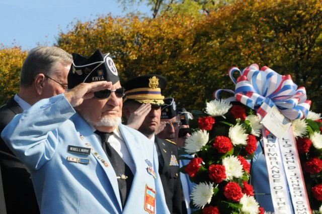 Eighth Army hosts a wreath-laying ceremony at the Korean War Memorial in Washington, D.C., Oct. 23, 2012.