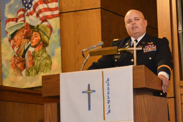 Lt. Col. Daniel M. Swanson, chief, Synchronization & Integration Cell, Army Sustainment Command, speaks at the Orion, Ill., Veterans Day commemoration Nov. 11. (Photo by Bonnie Seals, ASC Public Affairs)