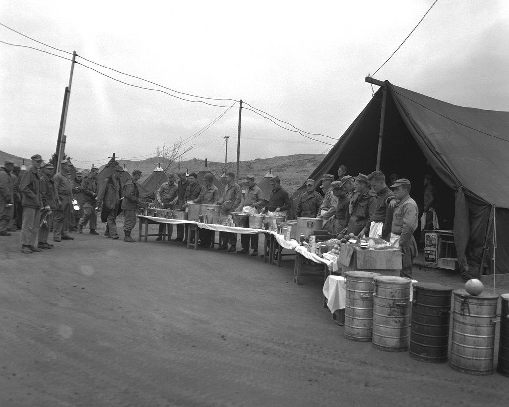 Thanksgiving in the Army | Article | The United States Army