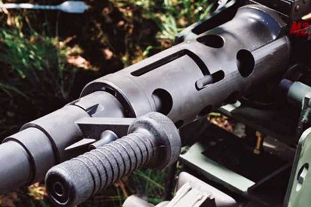 Rapid barrel change-outs are a key feature of the M2A1 Machine Gun .