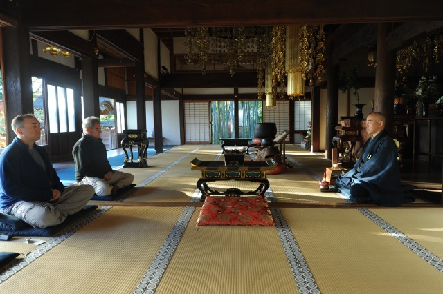 (From left), Col. Michael R. Brumage, Deputy Commander for Clinical Services, MEDDAC-Japan, and Jon Kabat-Zinn, the founder and former Executive Director of the Center for Mindfulness in Medicine, Health Care, and Society at the University of Massachusetts Medical School, practice Zen meditation with Kazuhiko Hara, a chief priest at Johukukji in Sagamihara city in the morning Nov. 15