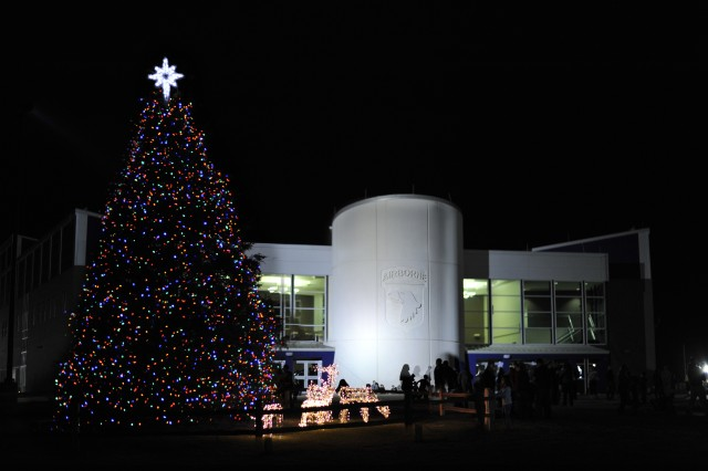 A holiday tree stands in front of the 101st Airborne Division (AASLT) headquarters on Fort Campbell, Ky. Photo illustration.