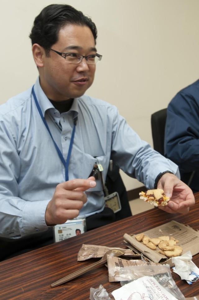 Japanese counterparts relish US field rations at Yama Sakura 63
