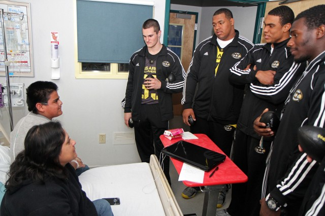 All-American Athletes Inspire Children