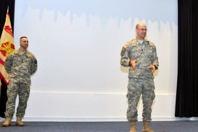 Garrison commander holds town hall