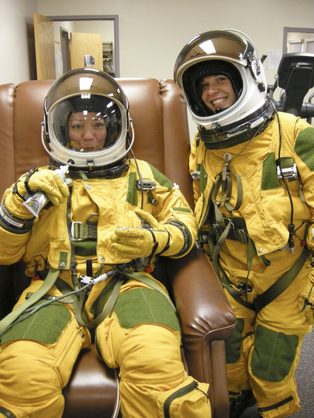 Natick tube foods keep U-2 pilots flying high