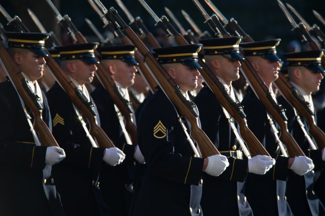 Soldiers march in 2013 Presidential Inauguration