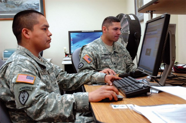 U.S. Army Public Health Command Occupational Health Sciences Portfolio is making it easier for Army workers to maintain credentials through use of an online training system called Blackboard Learn. The system, employed at various institutions of higher learning across the U.S., is becoming a preferred training tool for many Army industrial hygiene and safety personnel. With this web technology, subject-matter experts are able to deliver graduate-level training in 15 courses that are focused on core competencies in the Army safety and occupational health career program.