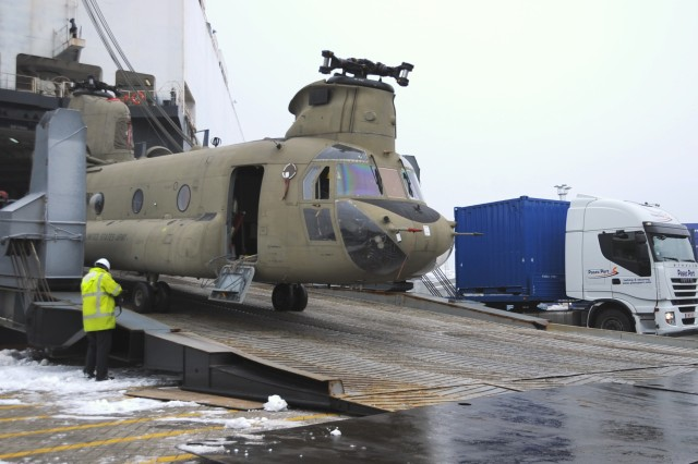 21st  TSC assists helicopter offload at Belgian port