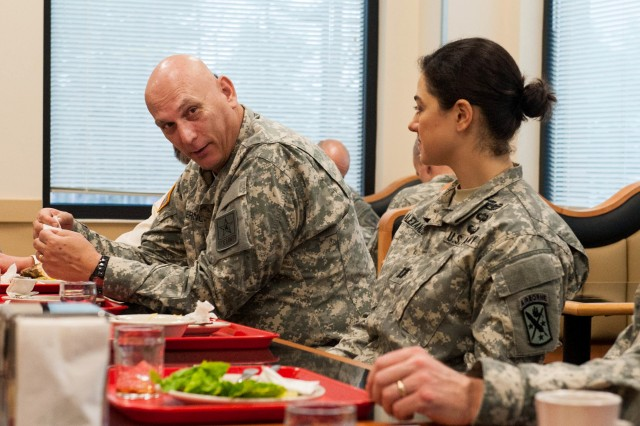 U.S. Army Chief of Staff Gen. Raymond T. Odierno have lunch and speaks with Soldiers from the U.S. Army Special Operations Command (USASOC) at the dining facility in Fort Bragg, NC. Jan. 30, 2013.  While at Fort Bragg, Gen. Odierno also visited the U.S. Army Forces Command (FORSCOM) and the 82nd Airborne Division. (U.S. Army photo by Staff Sgt. Steve Cortez/ Released)