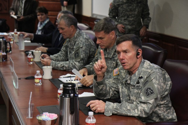 "FORT SAM HOUSTON, Texas - Lt. Gen. William Caldwell IV, commanding general, U.S. Army North (Fifth Army), and senior commander, Fort Sam Houston and Camp Bullis, welcomes military leaders from Central America Jan. 30 to Army North and emphasizes the importance of fostering relationships. ""This is probably the first time we've worked this closely with Army South and with Central American army commanders, and this greater dialogue is a healthy thing,"" said Caldwell. The delegates were at Army North as part of U.S. Army South's Central American Regional Leaders' Conference. (U.S. Army photo by Staff Sgt. Keith Anderson, Army North PAO)"
