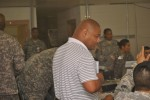 SDDC experts train Army Reserve Unit before deployment