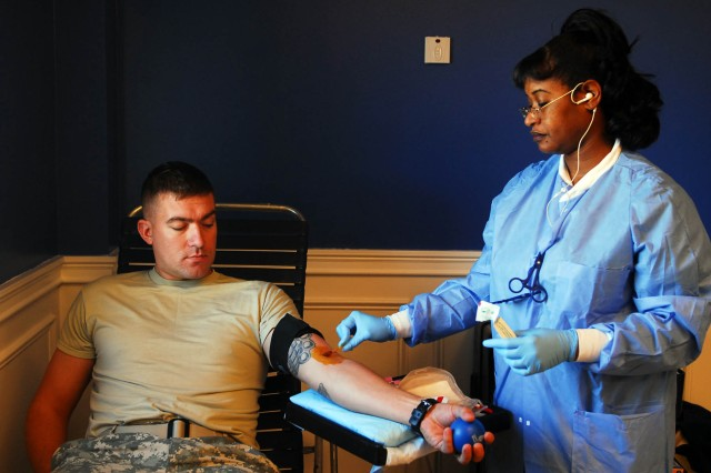 GarryOwen conducts blood drive for deployed Soldiers