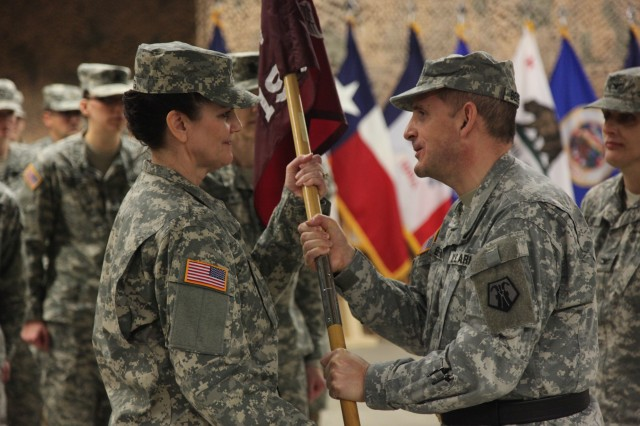 Four 7th CSC units change command