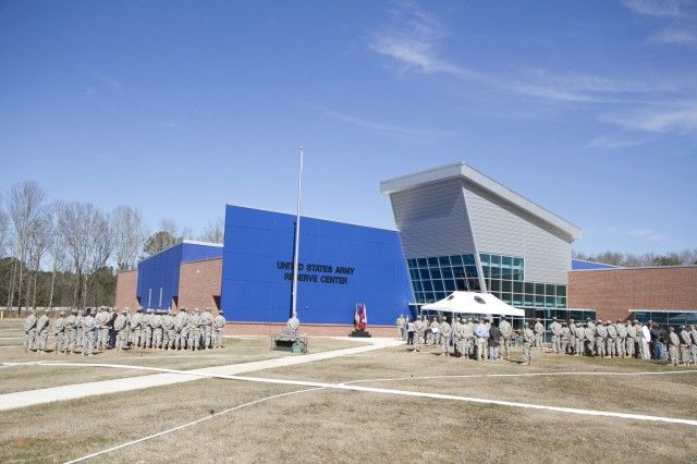 A brand new Army Reserve Center opens in Statham, Georgia. The ribbon cutting ceremony was held on February 9 with the units in attendance as wel as their families and supporters from the community. The facility will be home to the 228th Truck Company, 514th and 525th Trailer Transfer Detachments and the 939th Cargo Transfer Company.