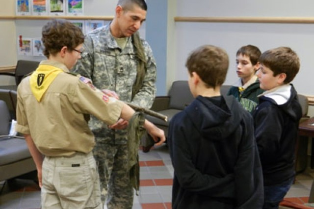 Dunham medics provide medical training to Boy Scouts