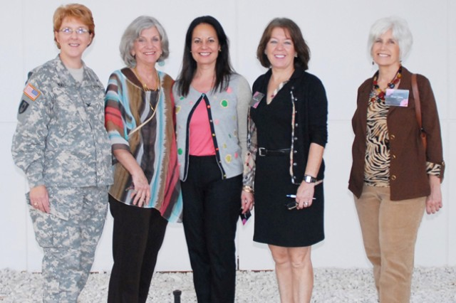 "Col. Dana Renta, USAARL commander, led Judy Konitzer, AAAA Family readiness editor; Angel Mangum, wife of Maj. Gen. Kevin W. Mangum, USAACE and Fort Rucker commanding general; Francine Forster, wife of retired Lt. Gen. William ""Bud"" Forster; and Teenie Yates, wife of retired Maj. Gen. Walter Yates, on a tour of USAARL at Fort Rucker Jan. 29."