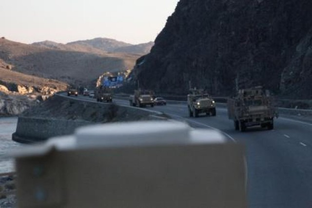 Route Clearance Platoon 73, C Company, 4th Brigade Special Troops Battalion, 4th Brigade Combat Team, 1st Cavalry Division, clears Highway 7 on Jan. 19, 2013. (Photo by U.S. Army Spc. Andrew Claire Baker, 4th BCT, 1st Cav. Div.)
