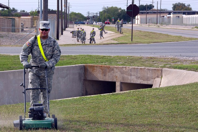 Billion-dollar cuts may lead to boarded windows, Soldiers as groundskeepers