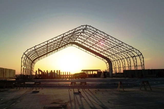 Large Area Maintenance Shelters : Natick provides large shelters for soldiers article