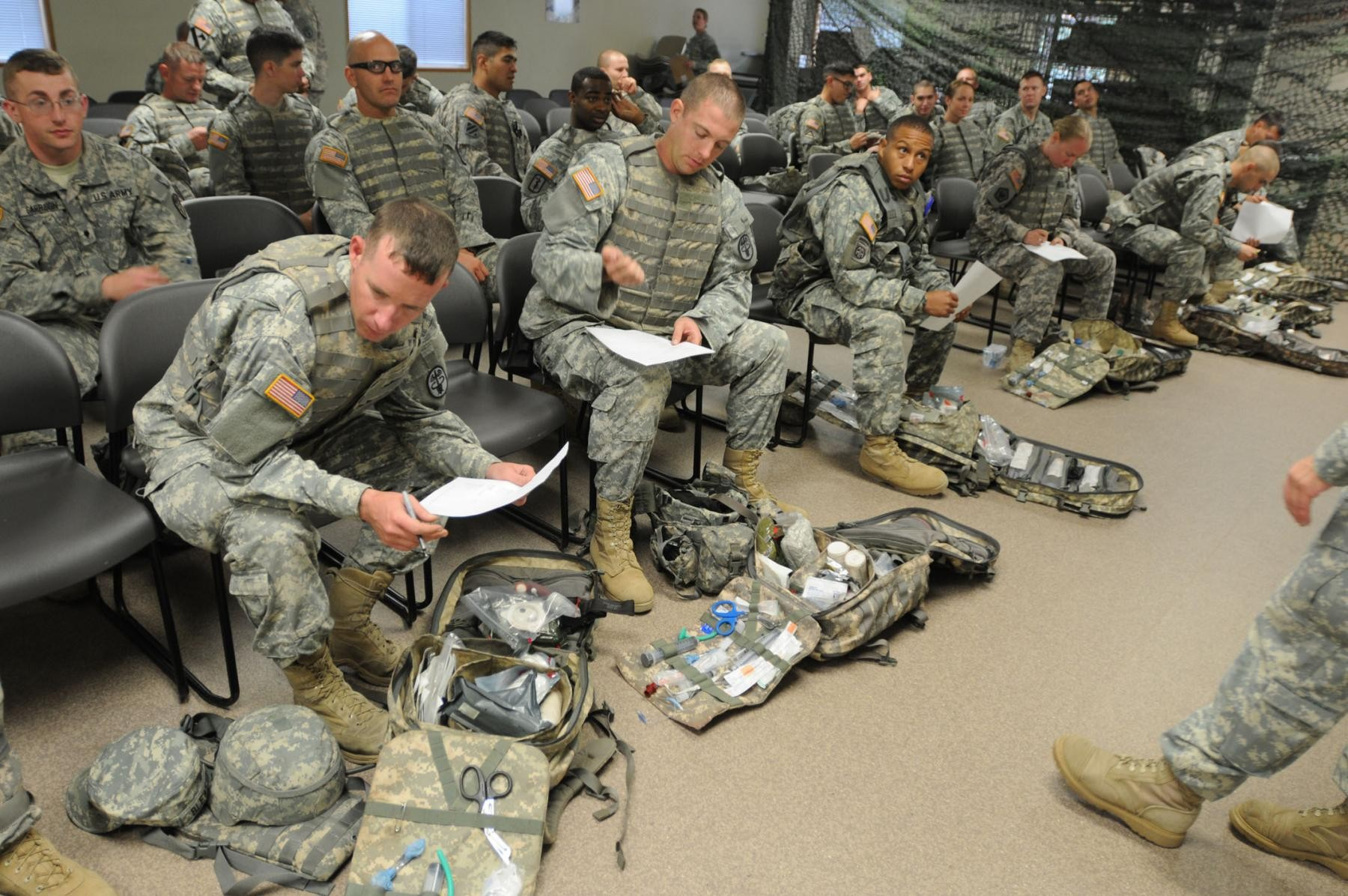 Medics Prepare For Upcoming Expert Field Medical Badge Qualification