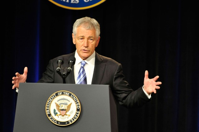 Hagel announces fewer furlough days for civilians