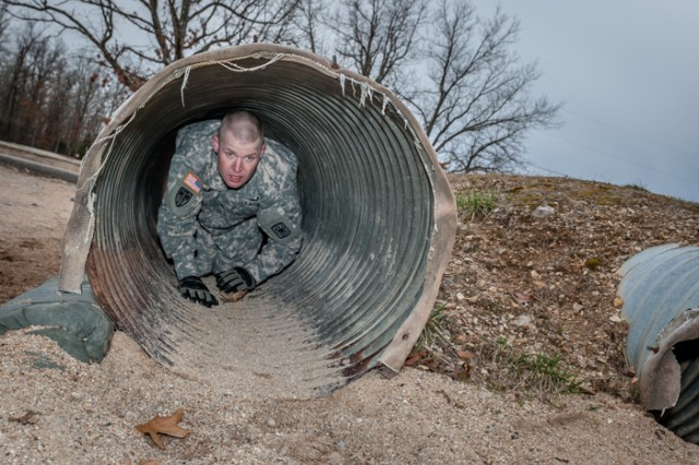 Fort Leonard Wood's best warriors move through day 2 of competition