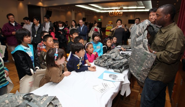 Garrison Japan children work with parents for the day