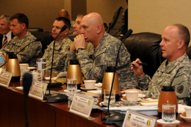 Chief of Staff of the Army Gen. Raymond T. Odierno receives an update briefing and discusses sequestration with Maj. Gen. Kevin W. Mangum, U.S. Army Aviation Center of Excellence and Fort Rucker commanding general, during his visit to Fort Rucker, Ala., April 1, 2013.