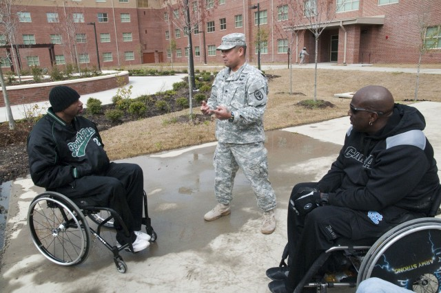 Warrior Transition Battalion holds Adaptive Sports Day, gets resources briefing