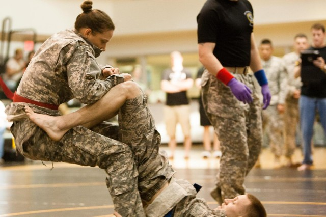 JBM-HH hosts combatives tournament