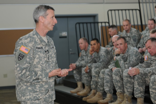 Human Resources Deputy Chief of Staff visits JBLM to address Army Ready and Resilient Campaign