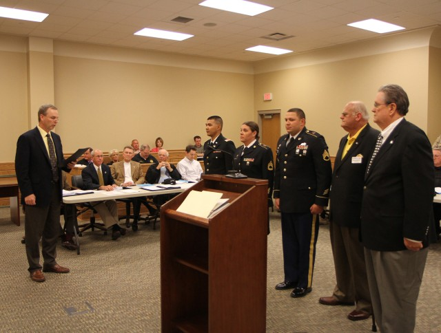 Tennessee officials commemorate 105th Army Reserve birthday