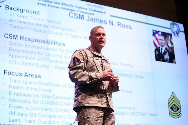 The U.S. Army Space and Missile Defense Command/Army Forces Strategic Command's new command sergeant major, Command Sgt. Maj. James N. Ross, introduces himself and tells the command's employees about himself during the command's Redstone Arsenal, Ala., town hall April 30 at the Von Braun III auditorium.