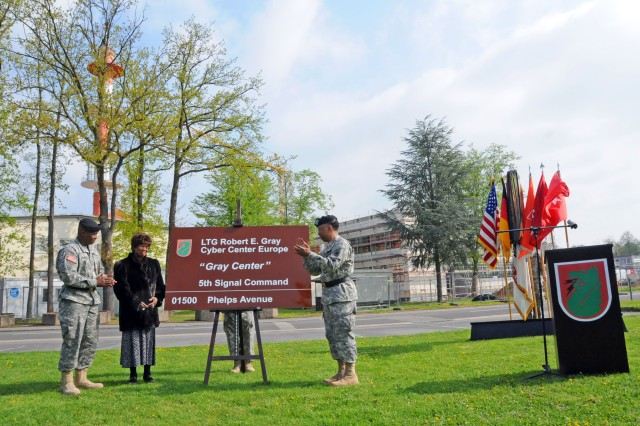 5th Signal Command's Cyber Center Europe dedication to LTG Robert E. Gray
