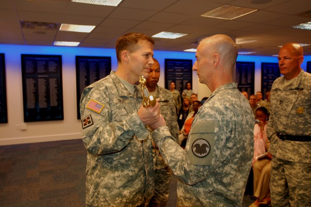 Thomas becomes 12th Command Sergeant Major of the Army Reserve