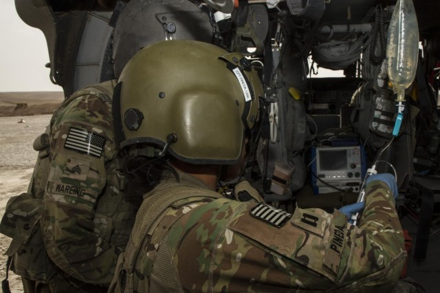 flight nurse brings hospital care to helmand helicopters