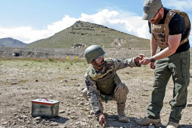 Front-line ANSF units learn EOD skills | Article | The United ...
